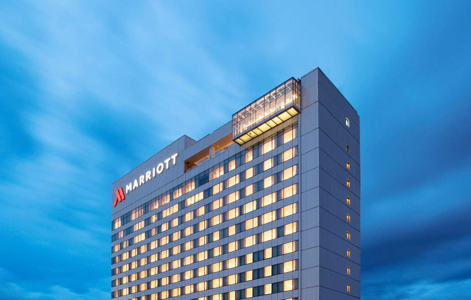 hotels in clark pampanga